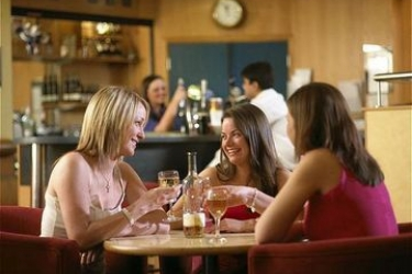 Hotel Holiday Inn Express Belfast City Queens Quarter: Lounge Bar BELFAST