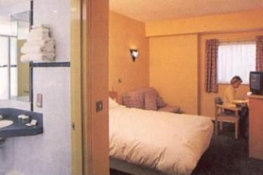 Hotel Holiday Inn Express Belfast City Queens Quarter: Room - Guest BELFAST