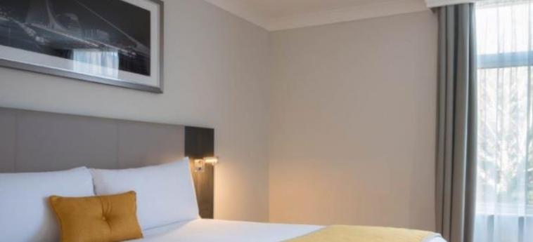 Maldron Hotel Belfast City: Piscine chauffée BELFAST