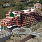 Hotel Holiday Palace