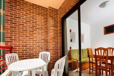 Hotel Apartamentos Carlos V: Schlafzimmer BENIDORM - COSTA BLANCA