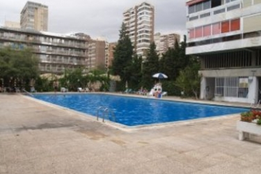 Hotel Apartamentos Cervantes: Swimming Pool BENIDORM - COSTA BLANCA