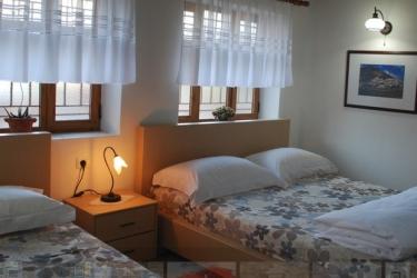 Hotel Osumi: Room - Classic BERAT