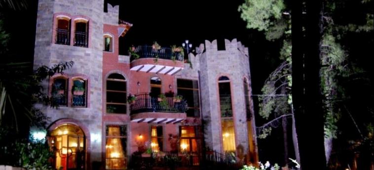 Hotel Castle Park: Esterno BERAT
