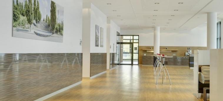 Intercityhotel Berlin Hauptbahnhof: Hall BERLIN