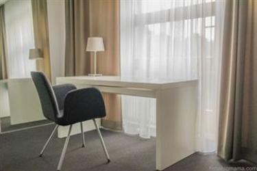 Hotel Big Mama: Restaurante Exterior BERLIN