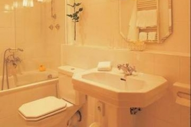 Novum Hotel Kronprinz Berlin: Bathroom BERLIN