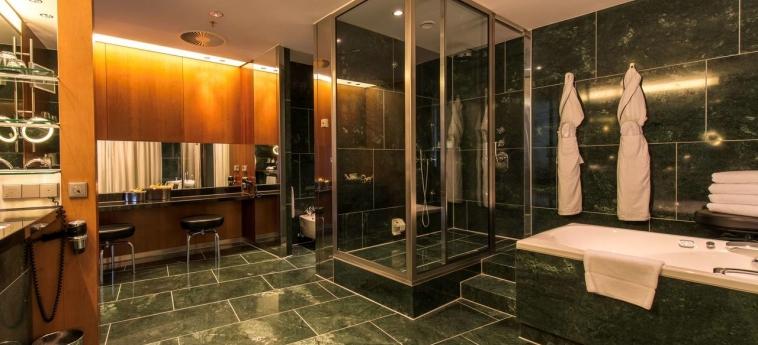 Hotel Grand Hyatt Berlin: Salle de Bains BERLIN