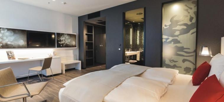 Hotel Riu Plaza Berlin: Deluxe Zimmer BERLIN