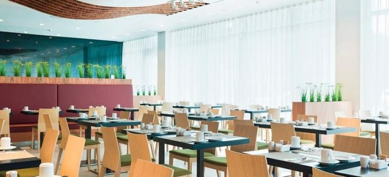 Hotel Riu Plaza Berlin: Restaurant BERLIN