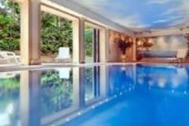 Hotel Villa Kastania: Piscina Exterior BERLIN
