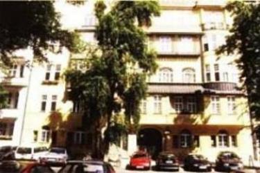 Waizenegger Pension Hotel: Exterior BERLIN