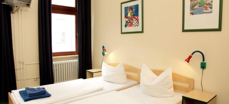Acama Schoneberg – Hotel+Hostel: Bedroom BERLIN