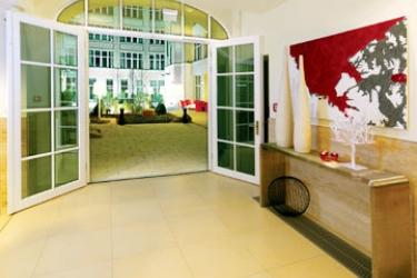 Adina Apartment Hotel Berlin Checkpoint Charlie: Lobby BERLINO