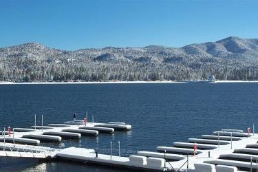 Hotel Lagonita Lodge: Quai BIG BEAR LAKE (CA)