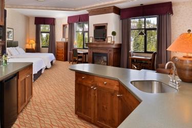 Hotel The Lodge At Big Sky: In-Zimmer Abendessen BIG SKY (MT)