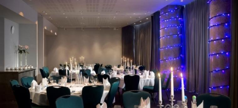Hotel Radisson Blu Birmingham: Salón para Banquetes BIRMINGHAM
