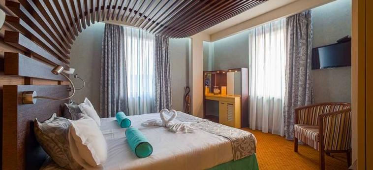 Hotel Ezeretz Spa: Bedroom BLAGOEVGRAD