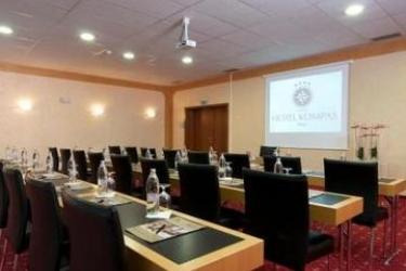 Hotel Kompas: Sala de conferencias BLED