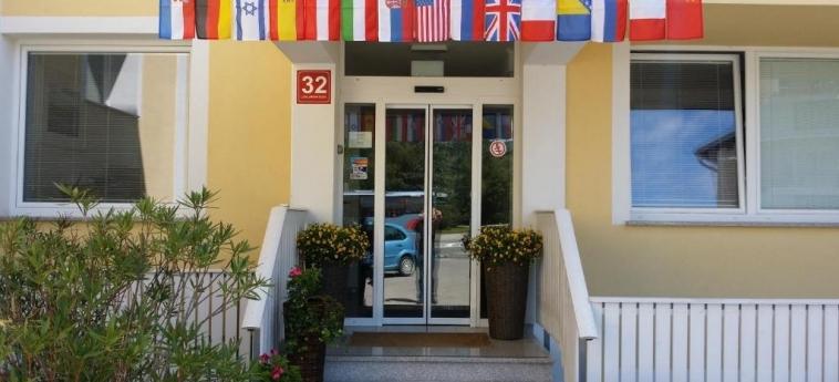 Bled Apartments: Entrée BLED