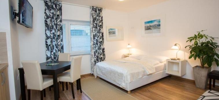Bled Apartments: Salon BLED