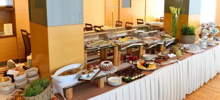 Best Western Premier Hotel Lovec: Buffet BLED