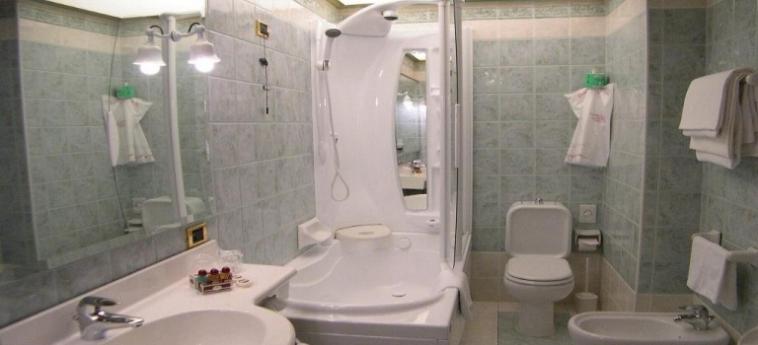 Grand Hotel Elite: Salle de Bains BOLOGNE