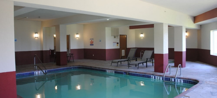 Hotel Holiday Inn Express: Swimming Pool BOONVILLE (MO)