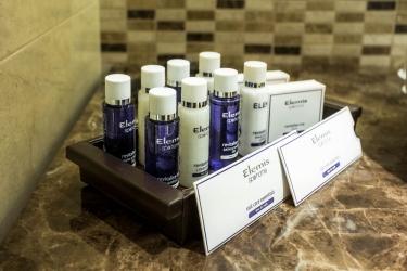 Hotel Crowne Plaza Borjomi: Accessori da bagno BORJOMI