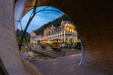 Hotel Crowne Plaza Borjomi: Esterno BORJOMI