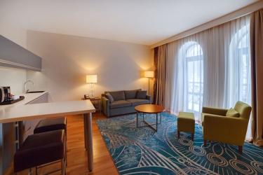 Hotel Crowne Plaza Borjomi: Zona giorno BORJOMI