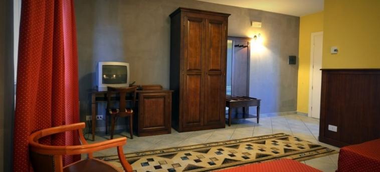 Hotel Oasis: Sauna BRA - CUNEO