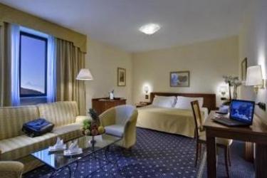 Hotel Cavalieri: Habitaciòn Junior Suite BRA - CUNEO