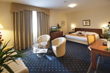 Hotel Cavalieri: Habitación BRA - CUNEO