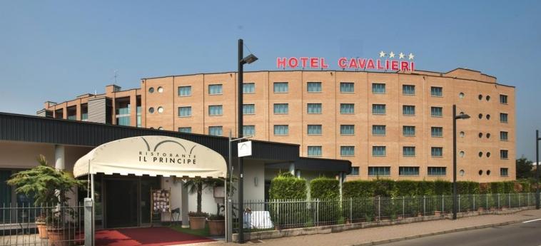 Hotel Cavalieri: Esterno BRA - CUNEO