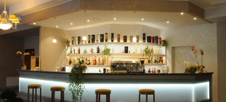 Hotel Cavalieri: Bar BRA - CUNEO
