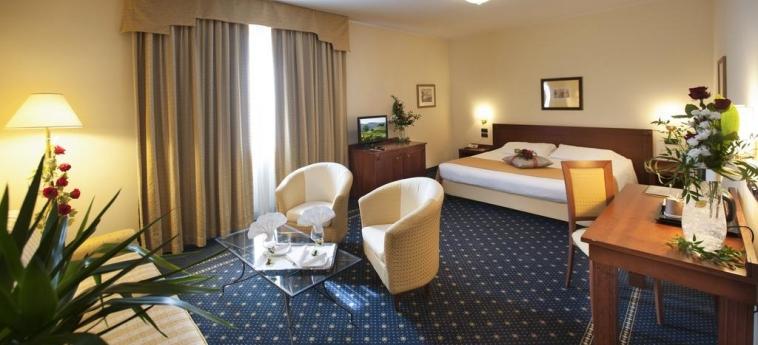 Hotel Cavalieri: Room - Double BRA - CUNEO