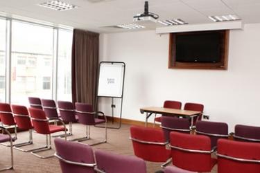 Hotel Jurys Inn Bradford: Sala de conferencias BRADFORD