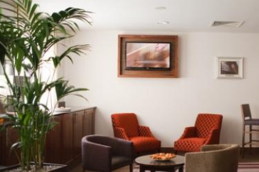 Hotel Jurys Inn Bradford: Lounge BRADFORD