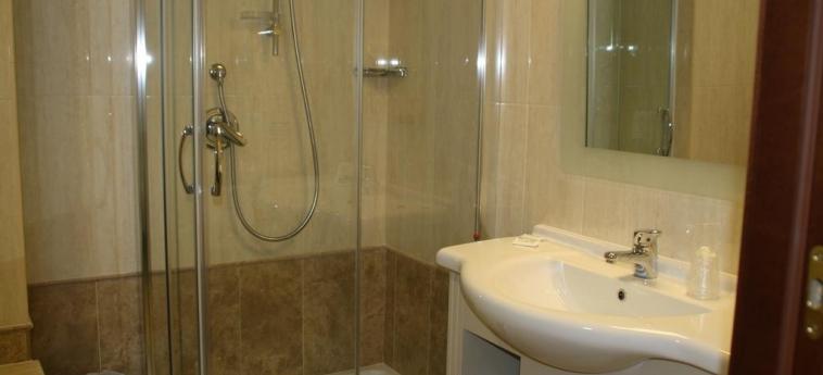 Villaggio Club Altalia Hotel & Residence: Salle de Bains BRANCALEONE - REGGIO CALABRIA