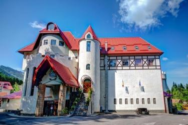 House Of Dracula: Exterior BRASOV