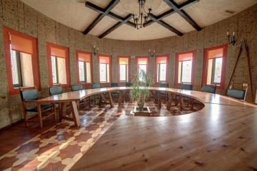 House Of Dracula: Sala Reuniones BRASOV
