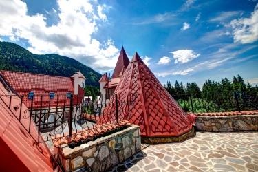 House Of Dracula: Vista BRASOV