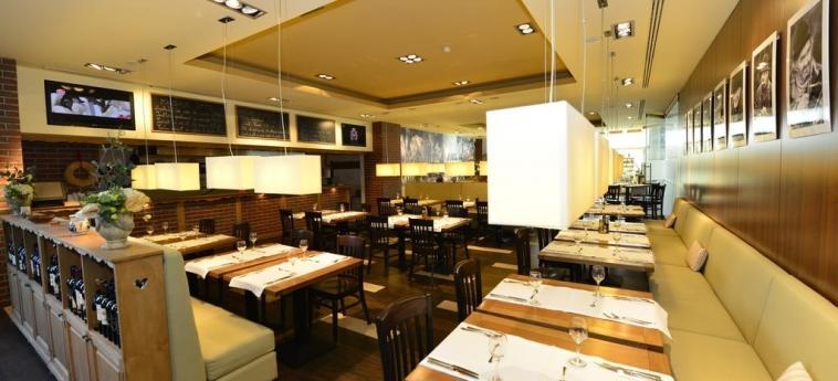 Hotel Ramada Brasov: Restaurant BRASOV