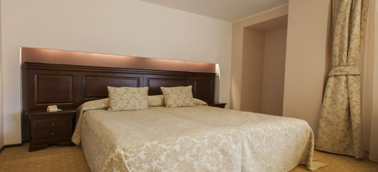 Hotel Alpin Resort: Chambre BRASOV