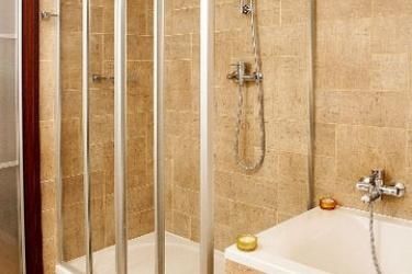 Hotel Michalska Brana: Bathroom BRATISLAVA