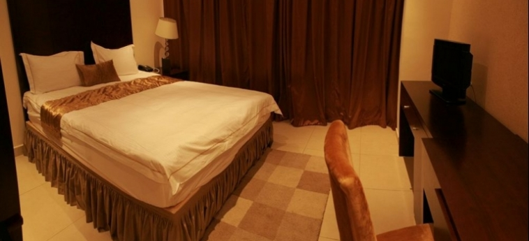 Mikhael's Hotel: Bedroom BRAZZAVILLE
