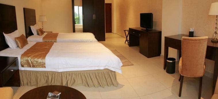 Mikhael's Hotel: Interior BRAZZAVILLE
