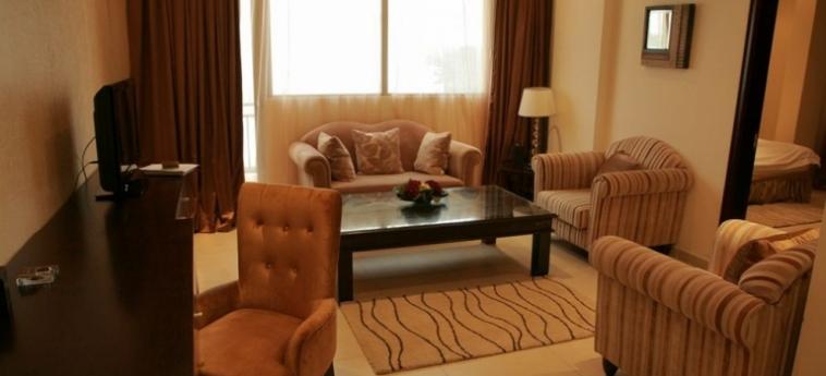 Mikhael's Hotel: Living Room BRAZZAVILLE