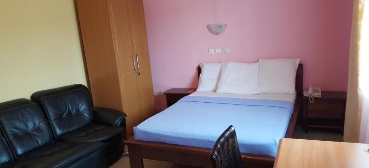Hotel Residence Saint-Jacques Brazzaville: Bedroom BRAZZAVILLE